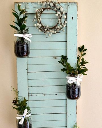 diy-shutter-mason-jar-garden-vert
