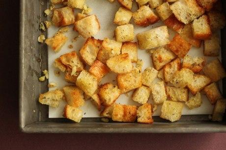 Garlic-Croutons